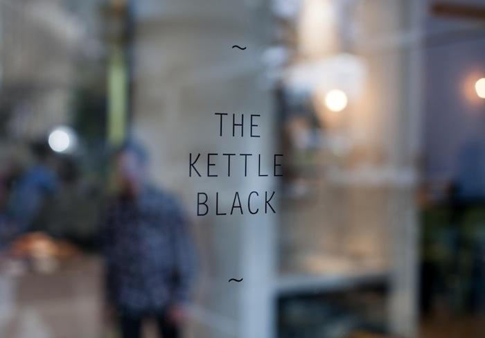 CTM_01_THE KETTLE BLACK